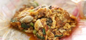 Famous Muar Jalan Haji Abu Oyster Omelette