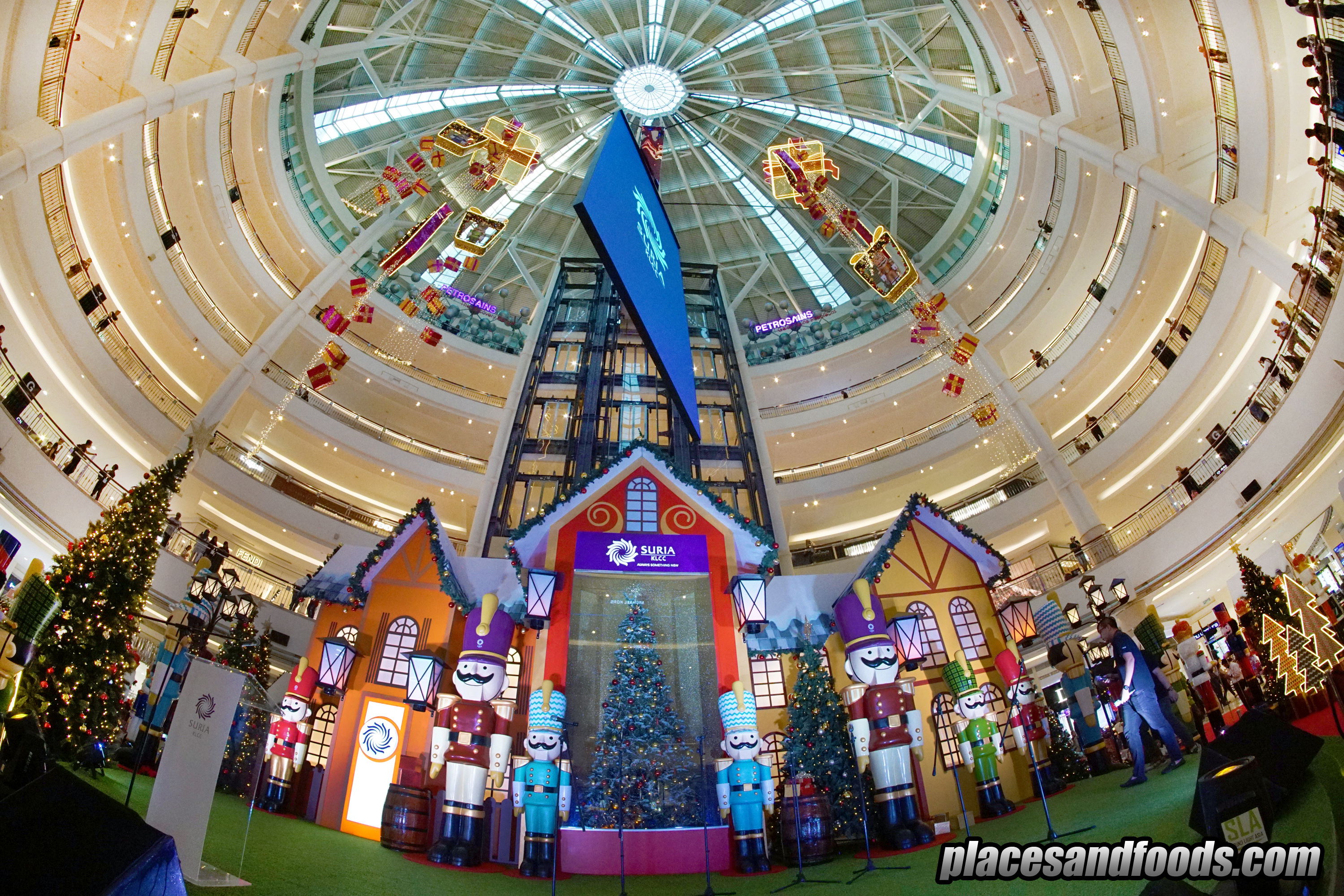 Suria KLCC Magical Whimsical Christmas Decorations and Celebrations 2018